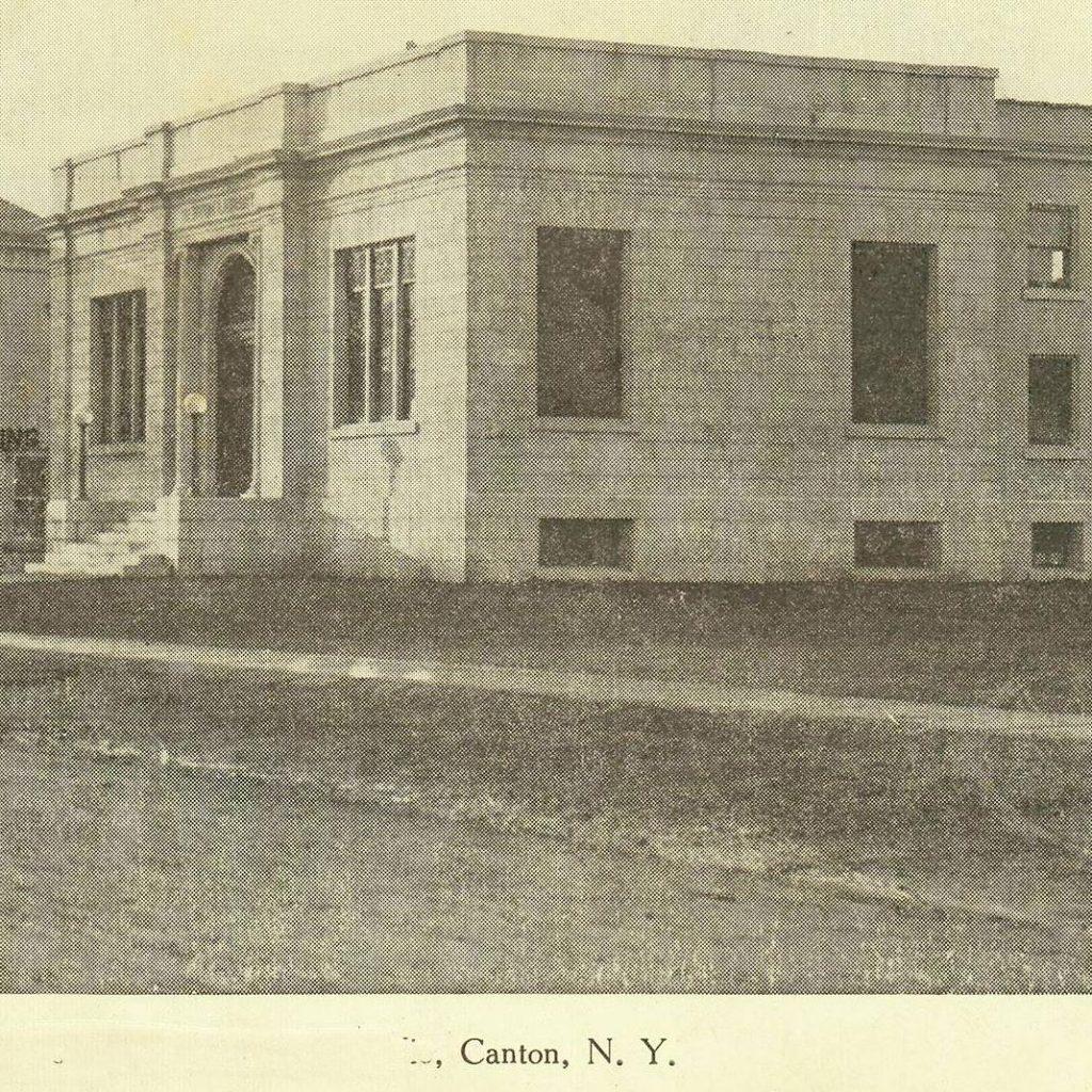 Historic image of Benton Library